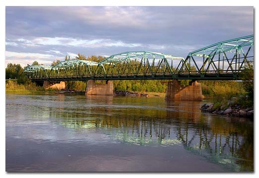 athabasca_river_crossing.jpg